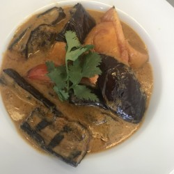 Thai Sweet Potato & Aubergine Curry (serves 2) (v, vg)